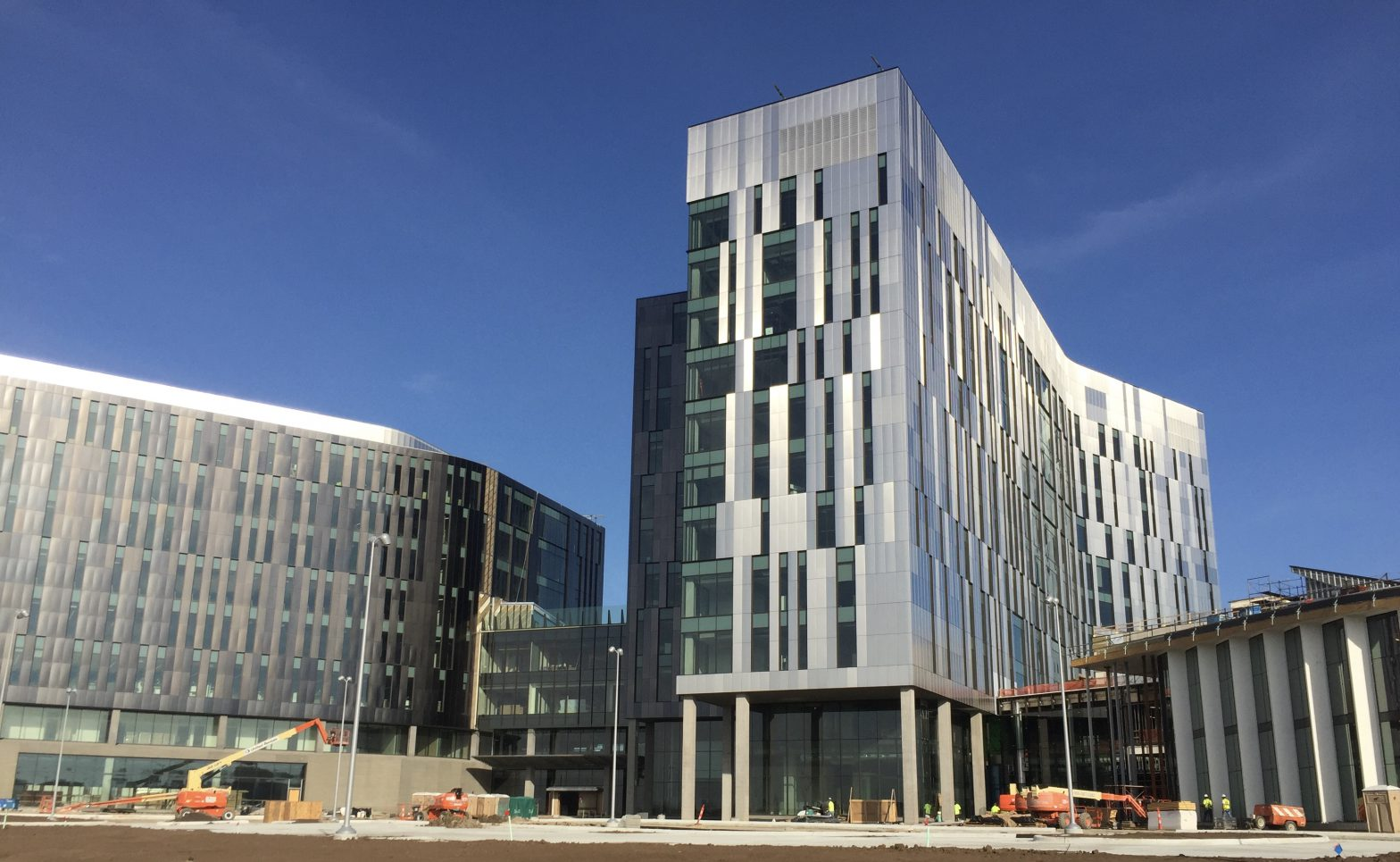 Employees Move Into New Cerner Campus